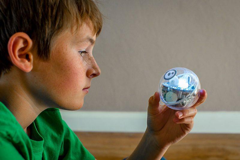 sphero robot giocattolo